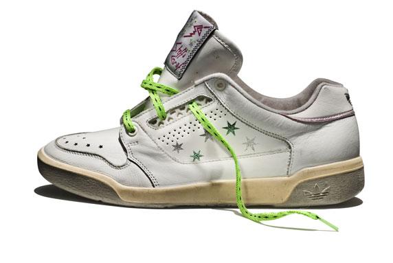 1987 - Te buty należą do największej tenisistki XX wieku Steffi Graf