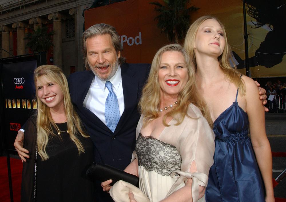 """""""Iron Man"""" Los Angeles Premiere - Arrivals"""